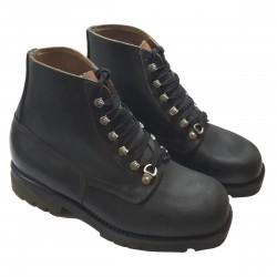 Chaussures de marche militaires
